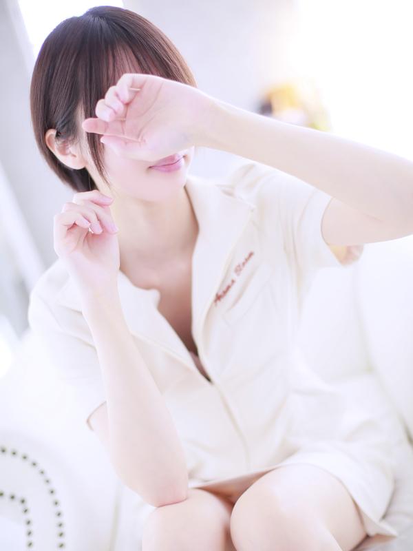 留衣-Rui-