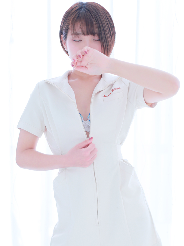 未奈-Mina-